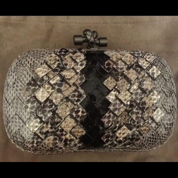 Bottega Veneta Clutch Bag Ayers Knot bab5f6a8266e2